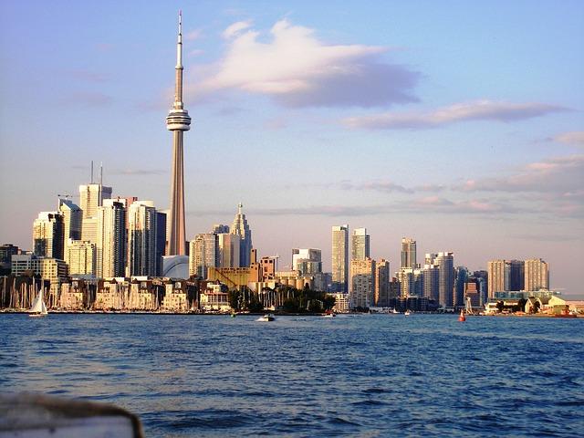 compare hotel prices Toronto